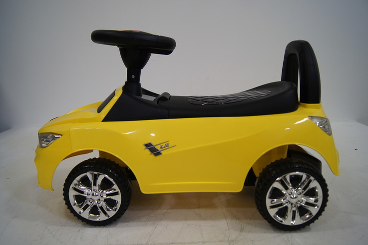 Толокар (каталка) RiverToys Audi JY-Z01A, цвет белый