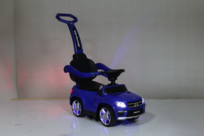 Толокар (каталка) RiverToys Mercedes-Benz GL63 A888AA-M, цвет белый
